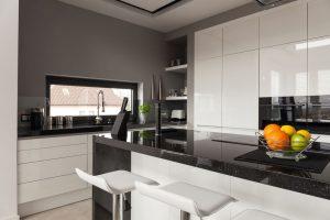 Witte Keuken Voordelen : Witte hoogglans keukens? welke winkels hebben ze en wat kost het?